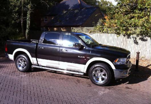 DODGE RAM 1500 LARAMIE CREW CAB