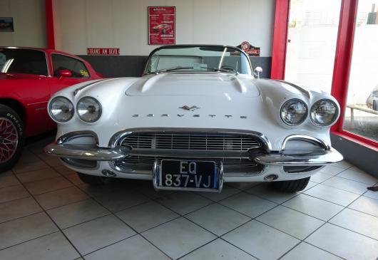Chevrolet Corvette V8 5.7L 1961