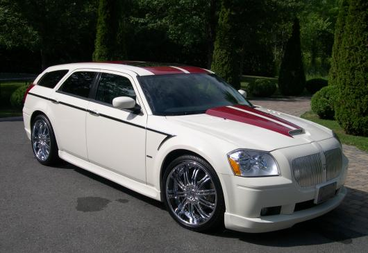 DODGE MAGNUM 5,7L HEMI V8 break special